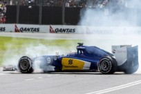 MELBOURNE , AUSTRALIA - MARCH 14 : Swedish Marcus Ericsson #9 from the Sauber F1 Team spins out during the Saturday Free Practice 3 session at the Rolex Australian Formula 1 Grand Prix, Albert Park, Melbourne, Victoria Australia  (Photo by Asanka Brendon Ratnayake/Anadolu Agency/Getty Images)
