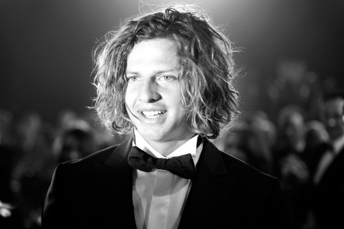 MELBOURNE, AUSTRALIA - SEPTEMBER 28:  Nat Fyfe of the Dockers is announced as the winner of the 2015 Brownlow Medal at Crown Palladium on September 28, 2015 in Melbourne, Australia.  (Photo by Darrian Traynor/AFL Media/Getty Images)